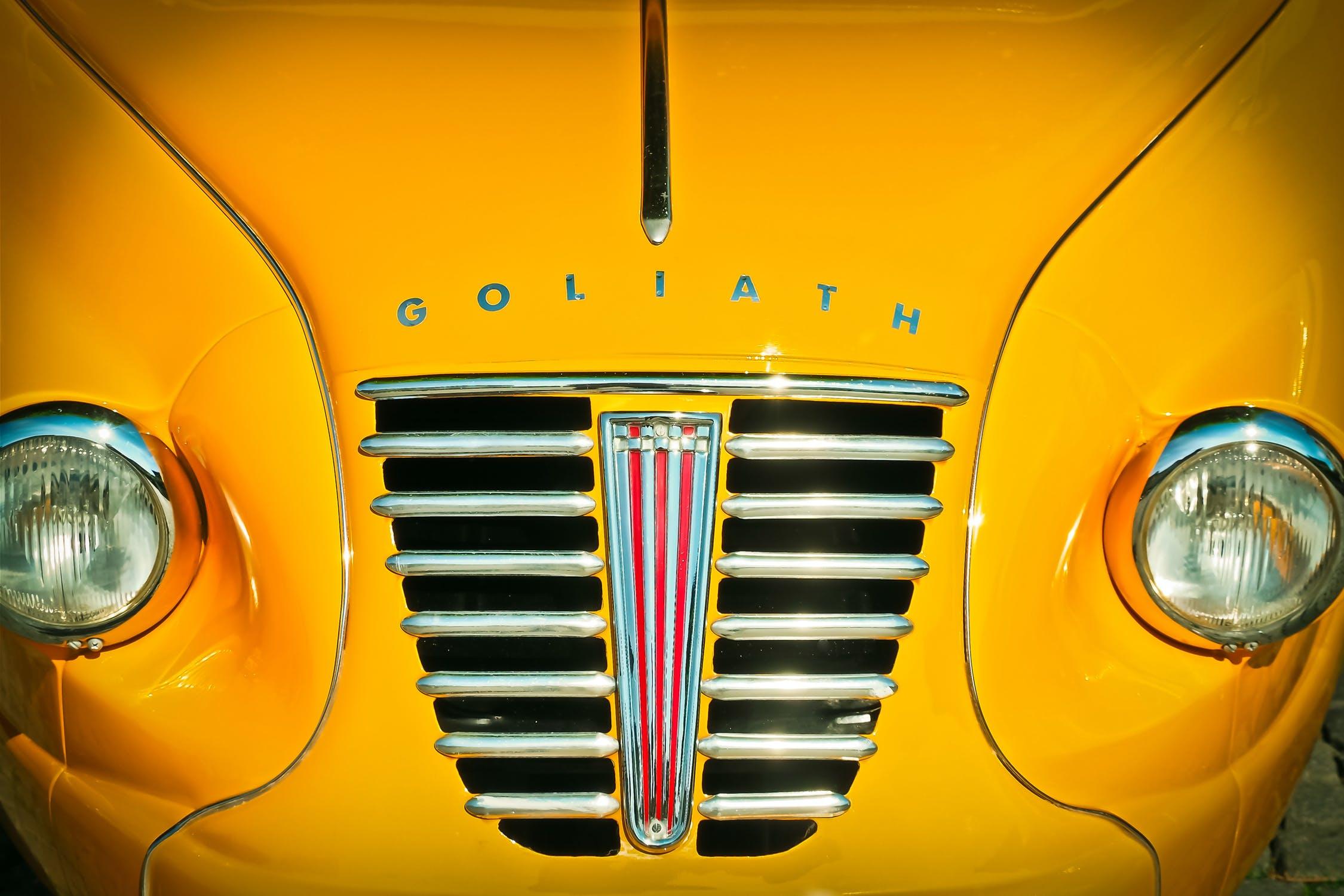 Gul bil